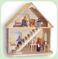 Кукольный дом двухэтажный деревянный огромный.